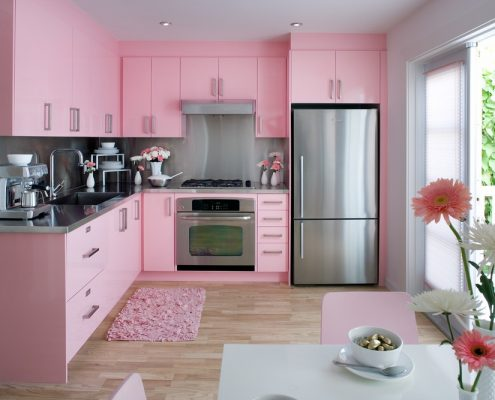 رنگ صورتی در طراحی دکور  آشپزخانه