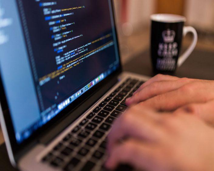 چگونه برنامه نویس حرفه ای شویم - برنامه نویسی - دوره آموزشی برنامه نویسی